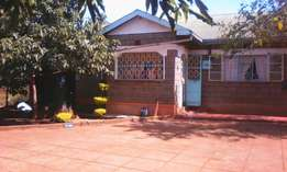 House in for Sale at Kenyatta Road 300 metres fm Thika Super High