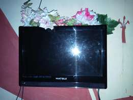 "19"" matsui plasma with DVD player"