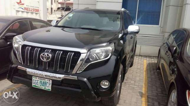 Rent all kind of cars, SUV, limo, and many more Lagos Island East - image 4