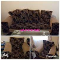 Pretty new 5-seater sofa sets on sale.