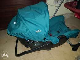 Baby Car Seat And Carrycot (Newborn)