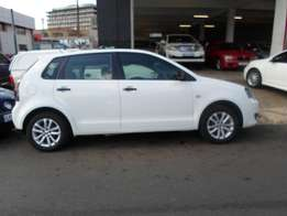 2013 model polo vivo 1.4 hatchback,white,51 000km,for sale