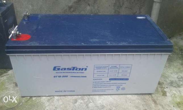 Gaston 12V 200AH Deep Cycle Inverter battery. Ojo - image 4