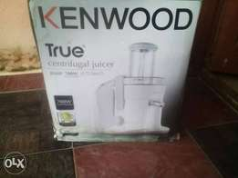JE680 700w Kenwood Centrifugal Juicer