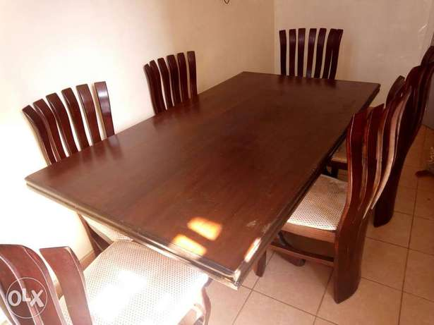 Dinning table with 6 chairs Thika - image 1