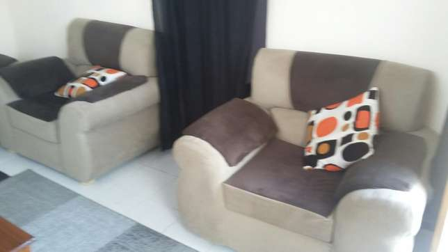5 seater Harambee - image 1