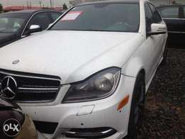 4month old used Mercedes-Benz 4matic C300