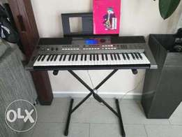 UK used Yamaha Keyboard with Stand and Adapter