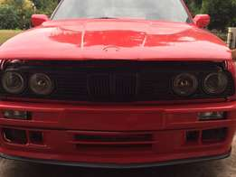 box shape Bmw E30 project car convertible droptop 325i performance