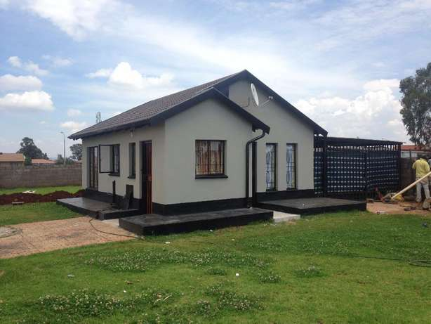 2 bed room house to let in Villa Liza (East Rand) Villa Lisa - image 8