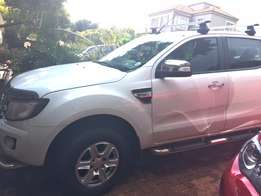 Ford Ranger double cab 3.2 Liter 4x4 Automatic.