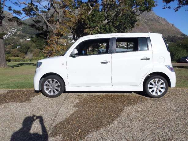 Daihatsu Materia 1.5 low Kms excellent condition Hout Bay - image 7