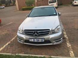 URGENT SALES: 2012 Mercedes Benz c200cdi, panaromic roof with low km f