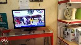 Genuine sumsung 24 inches flat screen flat screen at affordable price