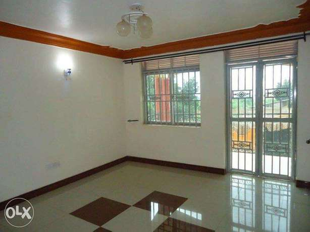 A nice 3bedrooms & 2bathrooms house for rent in kyanja at 800k Kampala - image 6