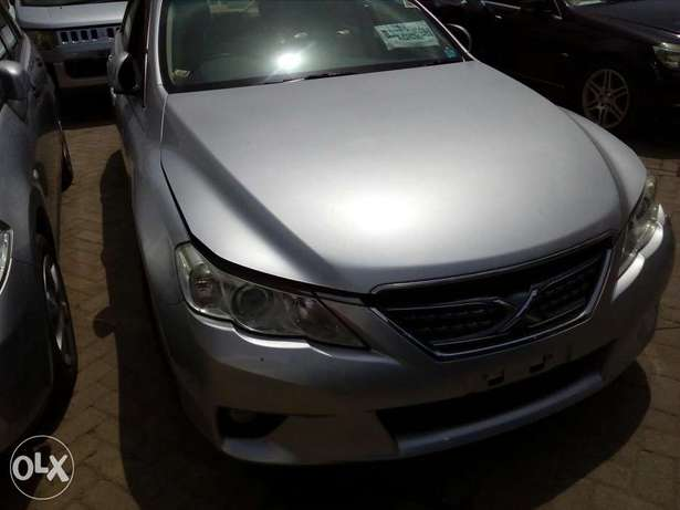 Toyota mark x silver colour new plate number fresh import Mombasa Island - image 2