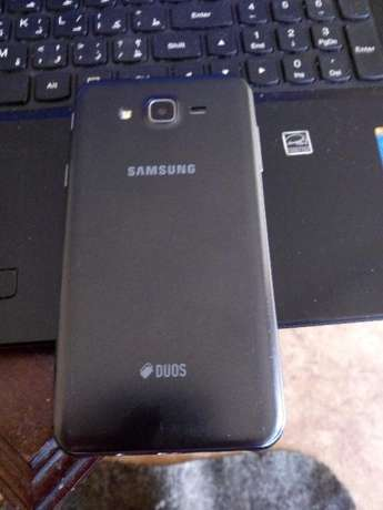 Galaxy J7 2015 Model Clean original phone quick deal Nairobi CBD - image 2