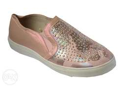 Girls pink studded sneakers 35