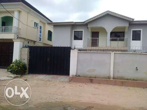 Solid 2Wings Of 4Bedroom Duplex With BQ At Bucknor Estate Ejigbo Isolo - image 3