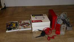 Wii console including 2 remotes
