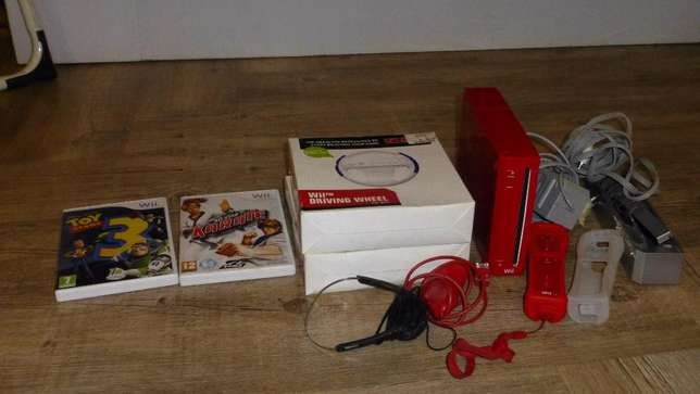 Wii console including 2 remotes Louis Trichardt - image 1