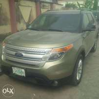 Few Months Nigerian-Used Ford Explorer, 2012, 3-Row Seat, Very OK
