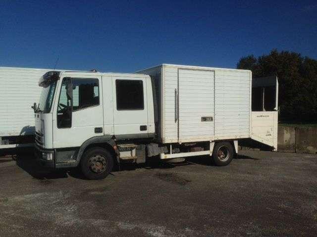 Продается Iveco EUROCARGO DOPPELE KABINE MIT LBW-118925 KM