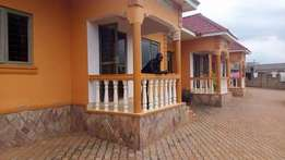 2bedrooms 2toilets selfcontained in Nankulabye at 350k