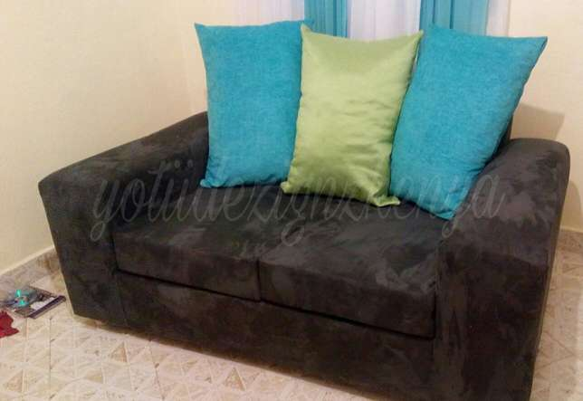 Two seater grey and blue couch Ongata Rongai - image 1