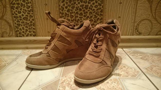 Sneakersy deichmann venice 39 zlote Luzino • OLX.pl