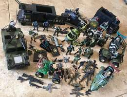 Great Large Pieces Army and Police Play Toy Set