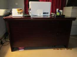 Office Desk with 3 Row Drawers (37)