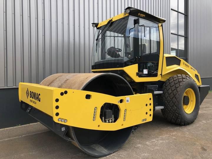 BOMAG BW213D-5 Vibratory Roller - 2018