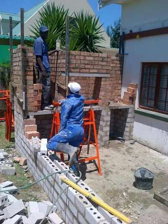 Building upgrades plastering tiling cladding stone wooden laminate flo Pretoria East - image 1