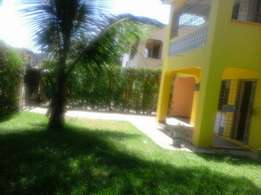 4 bedroom maisonette in nyali own compound