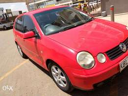 Volkswagen Polo KBL year 2004 on quick sale at 375k