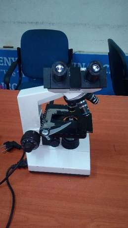 Olympus Biological Microscope With Objective Lenses Ngara - image 2