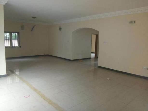 A Spacious Fully Detached 5 Bed Duplex in Carlton gate estate chevron Lekki - image 2