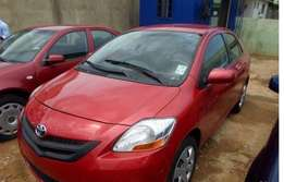 Clean and neat toyota yaris for sale