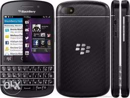 Blackberry 10 - Q10, R600 has WhatsApp