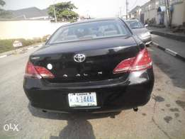 fairly used 2006,toyota avalon,thumpstart,fairly painted,buy n driv
