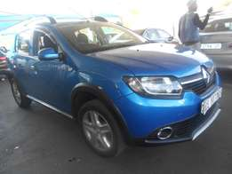 2015 Renault Sandero 1.6 stepway For only R123000.