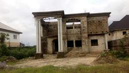 Distress sale!!! 4bedroom Duplex for sale off Ada George PH