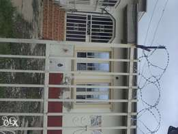 To let,2 bedroom bungalow at area 10