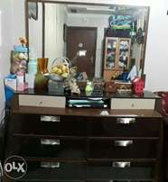Dressing Table with Decorative Mirror withn 6 Drawers
