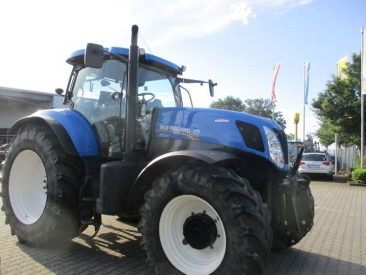 New Holland t7.220 autocommand - 2013 - image 4