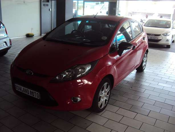 2012 Ford Fiesta 1.6 for sell R105000 Bruma - image 2