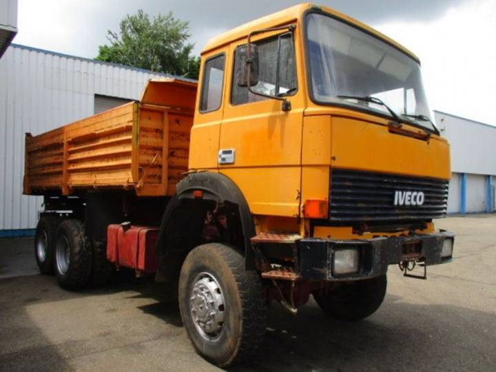 Iveco 260-30 AHW 6X6 - 1989