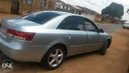 Fully Serviced and still In good condition Hyundai Sonata for sale.