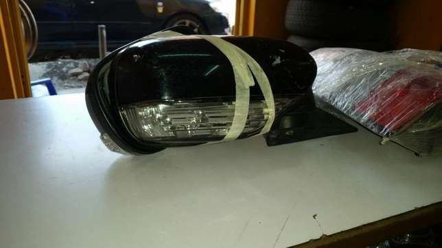 SG 5 rear Lights &subaru legacy side mirror Dagoretti - image 2